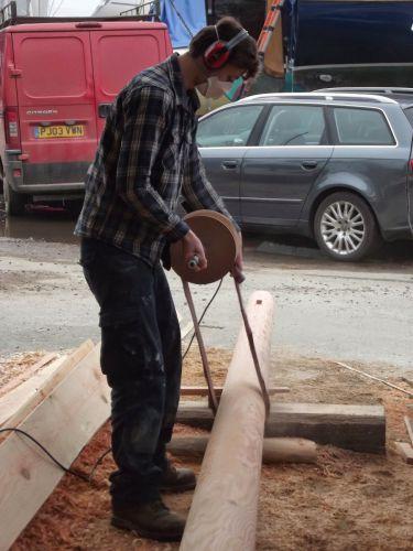 mast-sanding