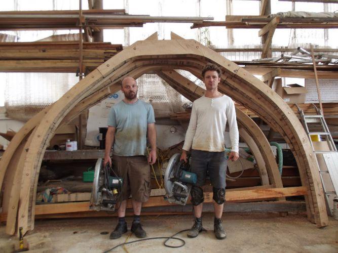 assembling-frames